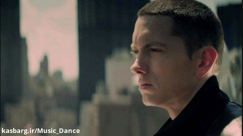 آهنگ زیبای Eminem به نام Not Afraid با زیرنویس فارسی